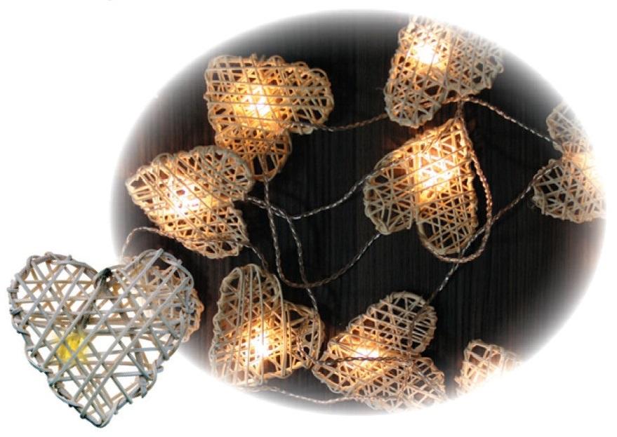 Osvětlení srdíčka z ratanu řetěz 3m-16 LEDteplá bílá+3m přívodní kabel