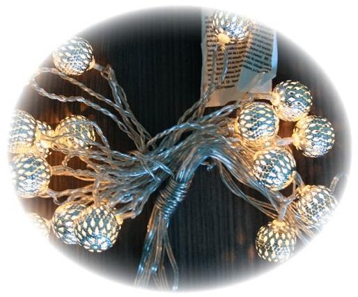 Osvětlení kouličky kovový efekt řetěz 3m-20LEDteplá bílá+3m přívodní kabel